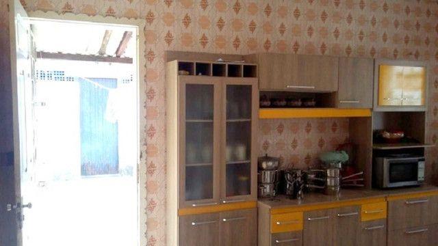 Casa plana com 3 quartos, 2 vagas de garagem, próximo avenida José Leon - Foto 13