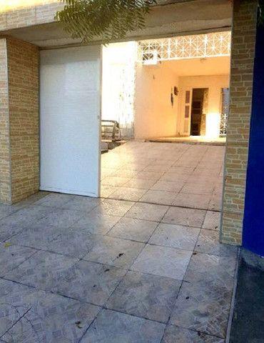 Casa plana com 3 quartos, 2 vagas de garagem, próximo avenida José Leon - Foto 6