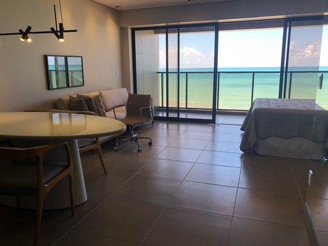 Apartamento Beira Mar com Varanda - Foto 2