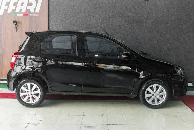 Toyota Etios X Plus 2020 Automático - Foto 3