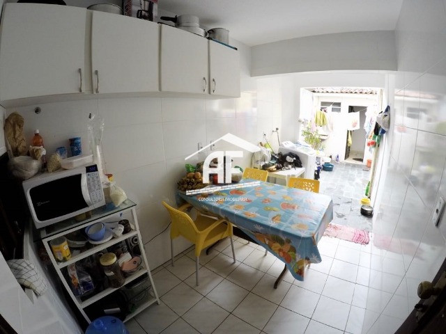 Vendo Excelente Casa no Petrópolis com 180m², 4/4 sendo 3 suítes - ligue já - Foto 18