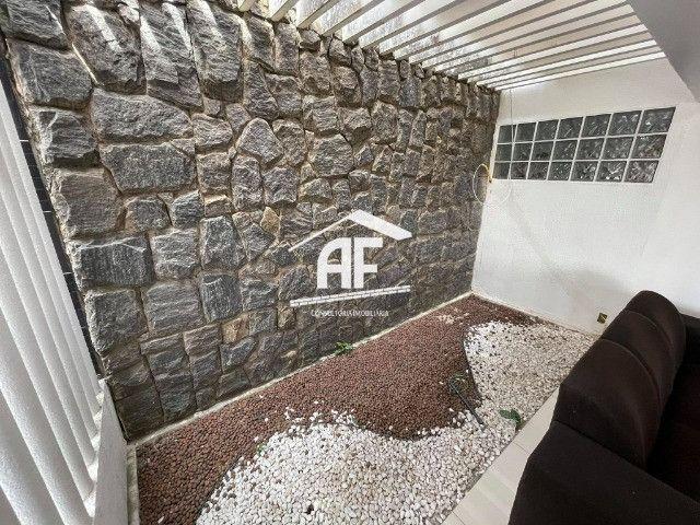 Vendo Excelente Casa no Petrópolis com 180m², 4/4 sendo 3 suítes - ligue já - Foto 2