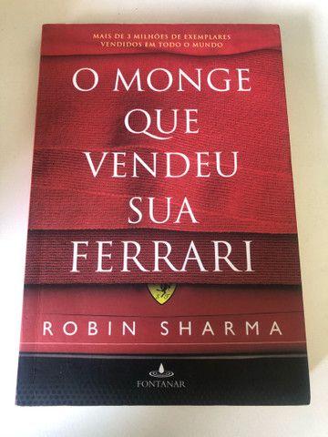 Livro: O Monge que Vendeu sua Ferrari - Robin Sharma