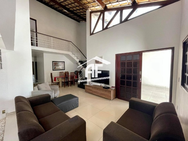 Vendo Excelente Casa no Petrópolis com 180m², 4/4 sendo 3 suítes - ligue já - Foto 3