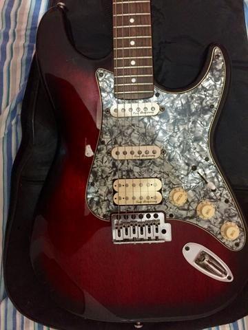 Guitarra com captação Kent Armstrong