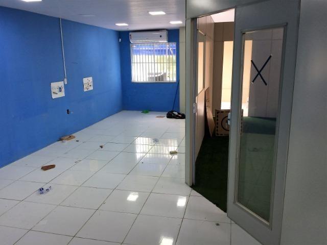 Salão em excelente localização com segurança pé direito duplo - Foto 7