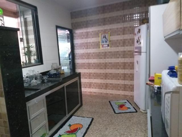 Vendo este prédio de 510 m² com 4 residência no centro do município de Atílio Vivacqu/ES - Foto 8