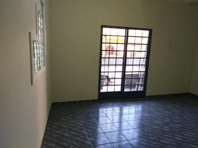 Vendo este prédio de 510 m² com 4 residência no centro do município de Atílio Vivacqu/ES - Foto 18