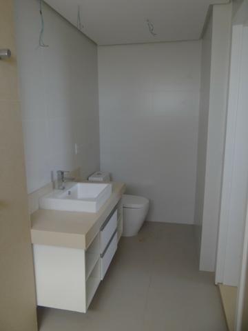 Apartamento de Alto Padrão com 3 Suites na Orla - Foto 16