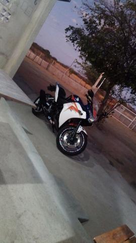 Honda CBR250r Tricolor - Foto 5