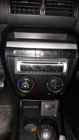 Moldura Central Painel Radio Crossfox ou Fox 2004 a 2010 Original Vw Com Friso Superior - Foto 3