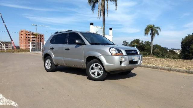 Vendo Hyundai Tucson manual com GNV