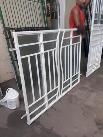 Kit janela correr 1.40 por 1.10 e porta padrão completa