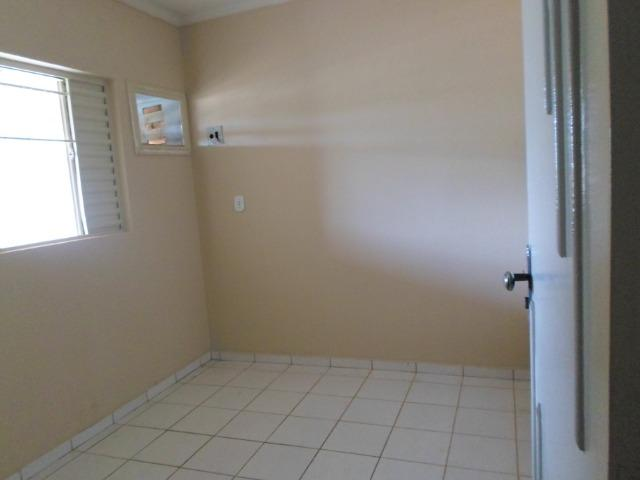 Alugo excelente sobrado 3 quartos condominio Jardim Champagnat - Foto 11
