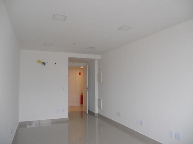 Vendo sala comercial, 22m², localizada em Todos os Santos, frente Norte Shopping - Foto 12