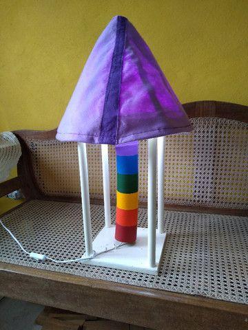 Lindo e colorido abajur artesanal - Foto 4