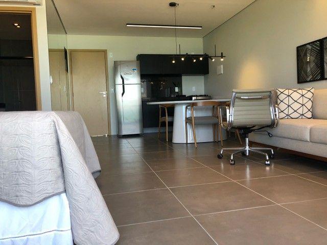Apartamento Beira Mar com Varanda - Foto 8