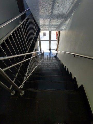 Vende-se ótimo apartamento de 02 quartos na QC 15 por R$255.000,00. - Foto 19