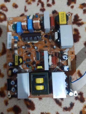 Placa da fonte de tv sangung  LCD ln26r71bax - Foto 2