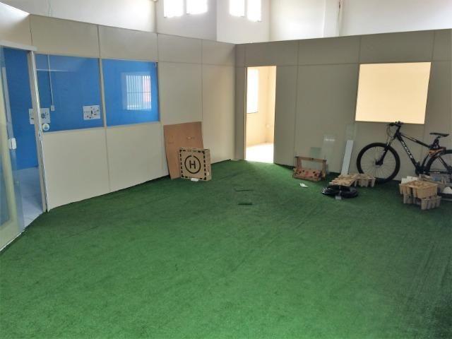 Salão em excelente localização com segurança pé direito duplo - Foto 5