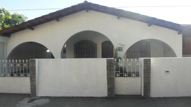 Casa em Jardim Camburi