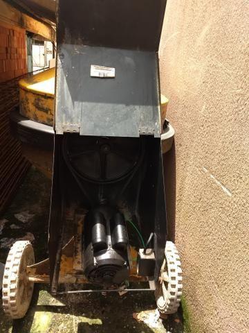 Reparo de torneira 400 l menegotti com motor 110/220 2cv semi-nova - Foto 6