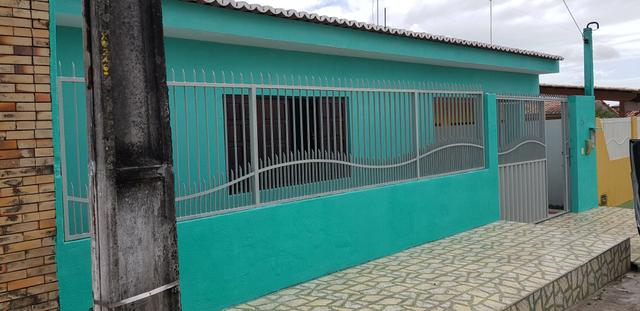 Vendo casa bem construída 180m2 Cond. Fechado - Foto 2