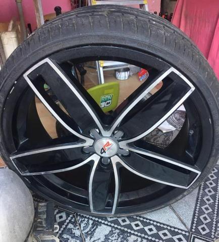 Vendo Rodao 20 com dois pneu novos e dois meia vida