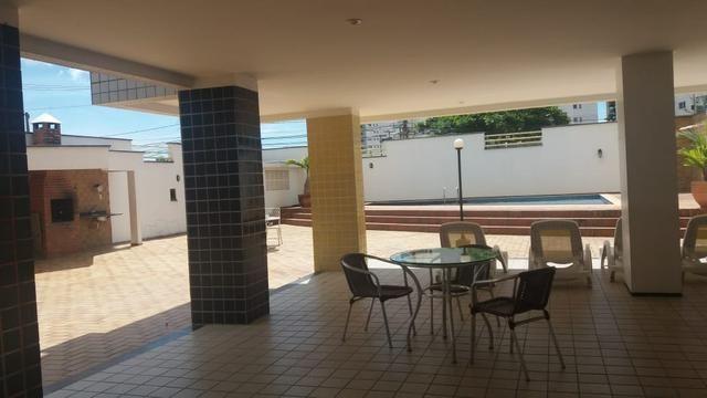 Alugo apartamento em frente a pracinha da Lagoa - Foto 14