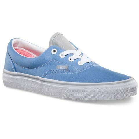 f574fbe2dbb Tênis Vans Era 2 Tone Silverlake Blue - feminino azul claro - Roupas ...