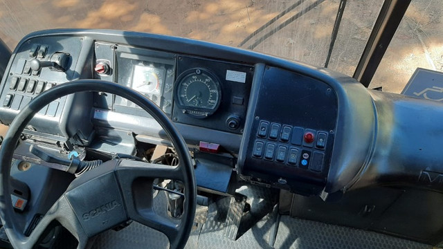 Ônibus Scania 113 (toco) pra venda ou troca! - Foto 2