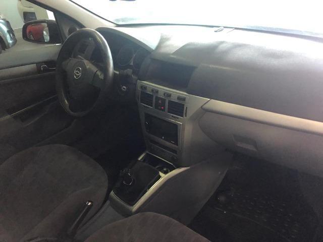 Vectra Elegan 2.0 Manual, carro em excelente estado de conservação!com kit gás - Foto 7