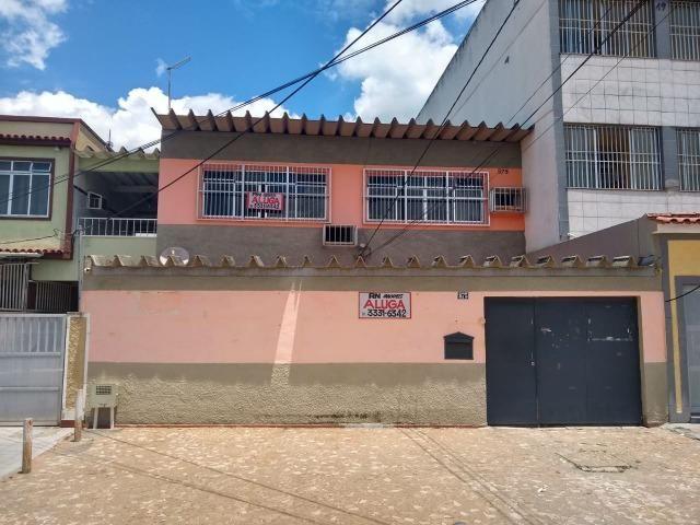 Excelente casa no centro de Realengo na rua professor Carlos Venceslau
