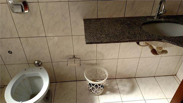 Apartamento com 3 dormitórios para alugar, 0 m² por R$ 600,00/mês - Olinda - Uberaba/MG - Foto 5