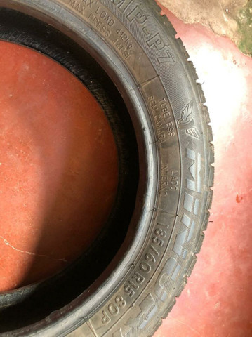 Vendo Pneu 185/60 R15 OU troco por pneu 185/70 R14 - Foto 2