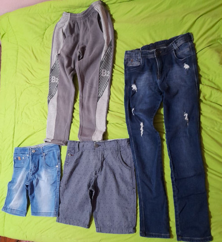 lote de roupas pouco usadas
