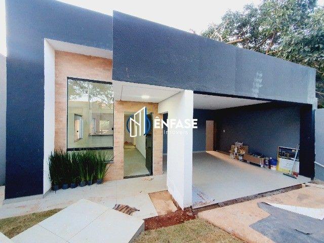 Casa moderna e com 03 quartos disponível para venda no bairro Fernão Dias em Igarapé