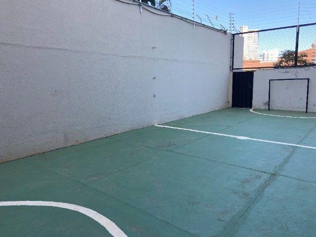 Alugo apartamento no bairro Consil em Cuiabá com 3 dormitórios sendo 1 suíte - Foto 17