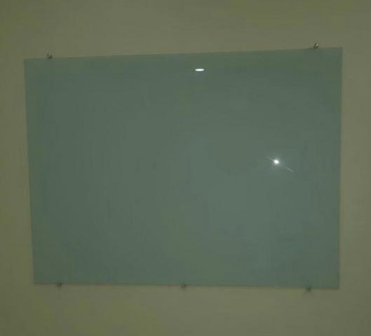 Lousa de vidro 150,00 - Foto 2