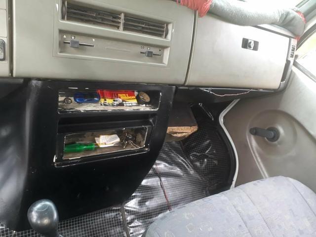 Vende-se 58.000 Benz 710 Baú OBS: sem freio a AR - Foto 12