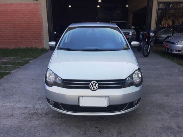 Volkswagen Polo Sedan CONFOT. IMOTION 1.6 4P - Foto 2