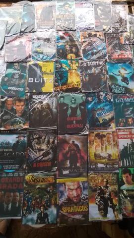 Vendo aparelho de DVD + 211 filmes em dvd - Foto 4