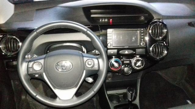 Toyota Etios platinum 1.5 automatico branco 2017/2018 - Foto 10