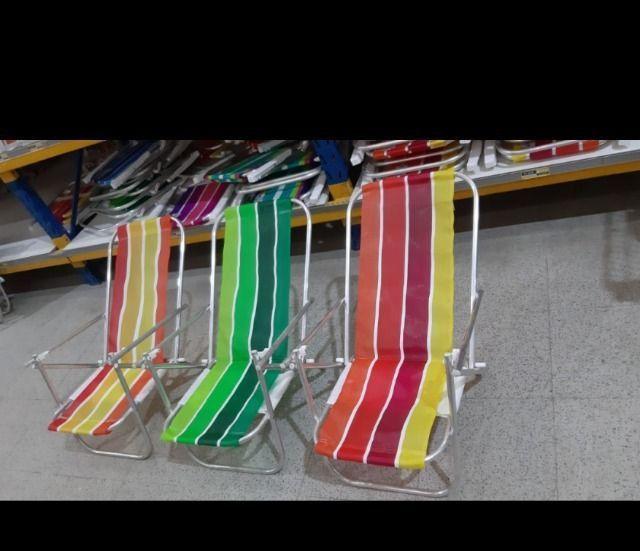 Cadeiras de praia ALUMÍNIO e cooler - Foto 2