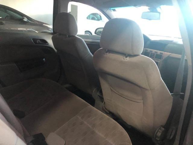 Vectra Elegan 2.0 Manual, carro em excelente estado de conservação!com kit gás - Foto 8