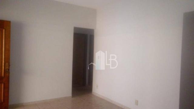 Casa com 3 dormitórios para alugar, 90 m² por R$ 2.000,00/mês - Santa Mônica - Uberlândia/ - Foto 2