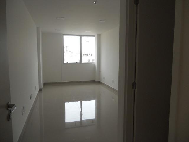 Vendo sala comercial, 22m², localizada em Todos os Santos, frente Norte Shopping - Foto 15