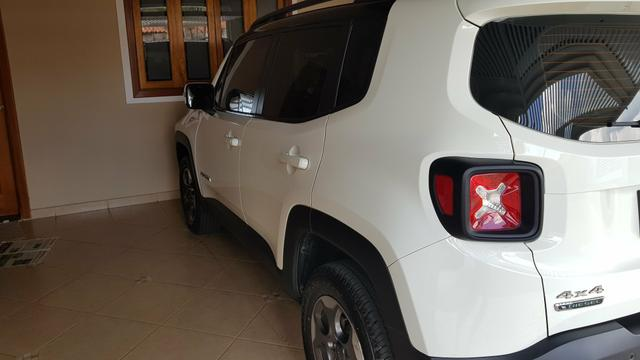 Renegade 2016 diesel 4X4 com teto - Foto 3