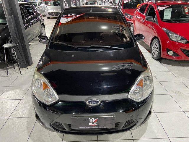 Ford Fiesta sedan 2013 1.6 manual Completo - Foto 2