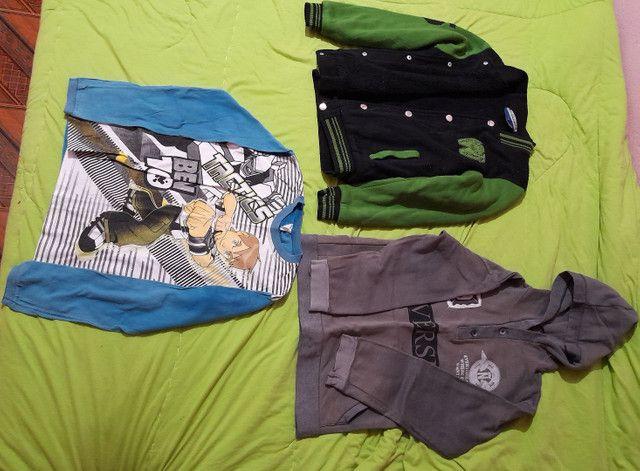 lote de roupas pouco usadas - Foto 3
